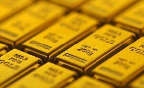 国际金价12月18日随着美元走强而下滑,而投资者等待刺激措施
