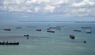 亚洲去年近百起海盗抢劫事件 逾三分之一发生在新加坡海峡