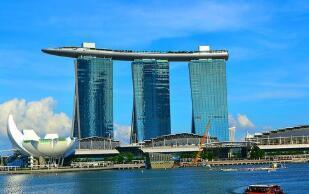 新加坡今年经常项目盈余料占GDP约两成 创逾10年新高