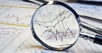 收评:A股三大股震荡走低  证券、军工板块领跌