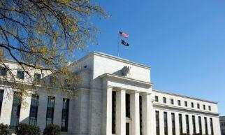美联储维持联邦基金利率目标区间不变