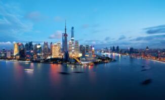2020年上海社会消费品零售总额1.59万亿元