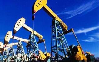 由于供应减少,2月8日布伦特原油价格一年多来首次突破每桶60美元