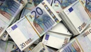 丹斯克银行:欧元兑美元料先涨后跌
