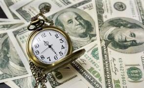 随着美国国债收益率上升,美元周二走高,比特币突破5万美元