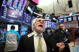 美股2月18日全线收跌,纳斯达克综合指数下跌100点,科技股领跌