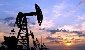 美油2月18日下跌1%,布油下跌0.6%