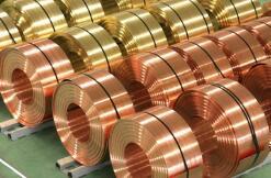 铜价升破9000美元创九年半新高,因历史性短缺警告激发创纪录涨势