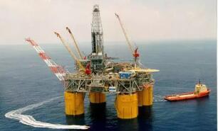 2020年墨西哥国家石油公司出口收入同比减少32%
