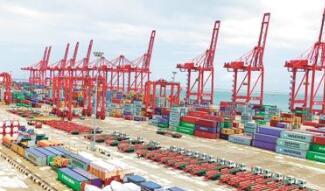 前2个月中国进出口增长32.2%