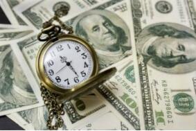 随着经济前景的改善,周五美元与国债收益率一起上涨