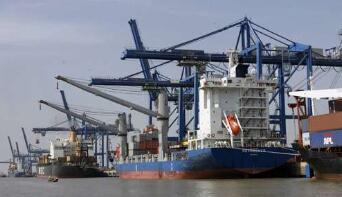 越南政府常务会专题讨论西贡河岸码头搬迁事宜