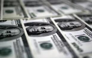 4月6日,人民币兑美元中间价上调122点