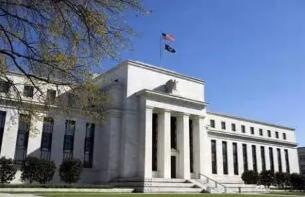 美联储准备必要时在两次会议之间调整IOER利率,以使短期利率受控