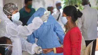 印度新增新冠肺炎确诊病例295041例,累计确诊超1561万例