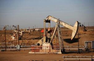美国银行:油市供需下半年起将趋平衡,国际油价料持续当前水平