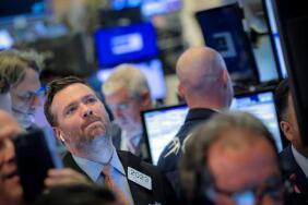 美股5月11日收跌,道琼斯指数收跌470点,能源股、航空股全线走低