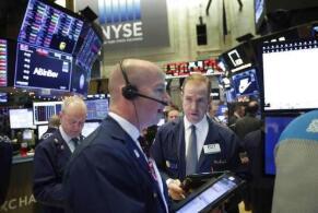 美股5月12日集体下跌,道琼斯指数下跌680点,纳斯达克指数下跌大跌2.67%