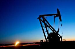 美国东部汽油短缺问题缓解,北卡罗莱纳州仍有逾半数加油站无油可卖