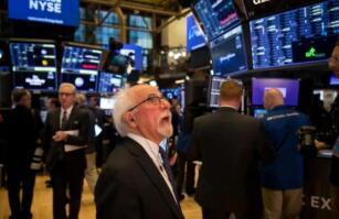 美股5月18日收跌,道琼斯指数下跌267点,大型科技股走低