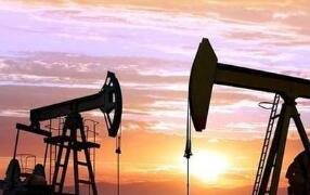 中远海能:预计上半年净利同比下降80.57%-84.01%