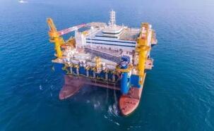 本周纽约WTI原油期货下跌8.9%,布伦特原油跌7.7%