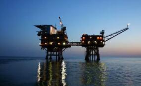 10月20日美国WTI原油期货上涨1.1%  美原油库存减少